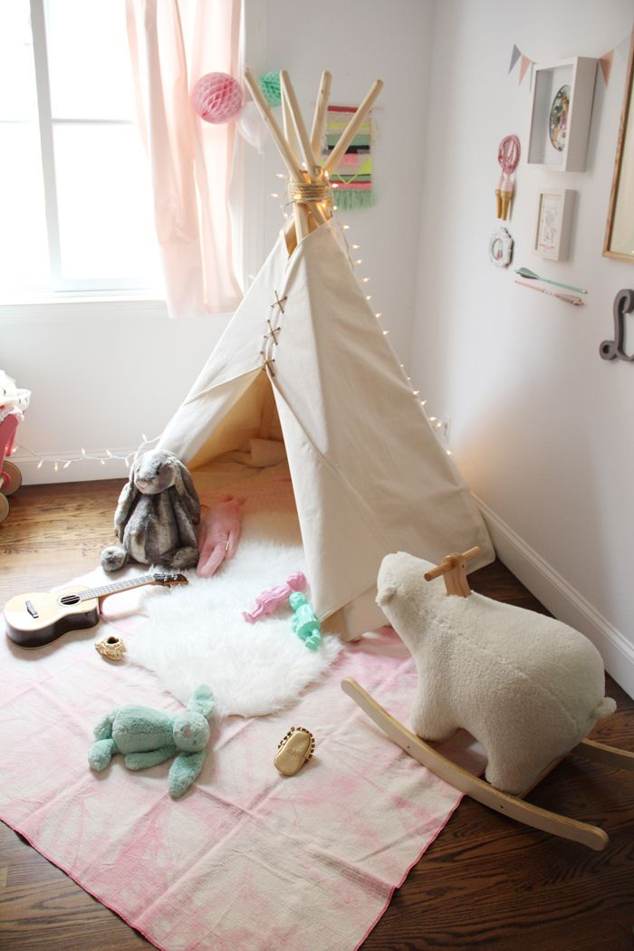 15 id es pour cr er un tipi dans une chambre d 39 enfant. Black Bedroom Furniture Sets. Home Design Ideas