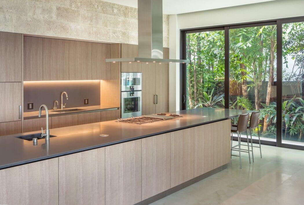 cuisine avec hote ilot central. Black Bedroom Furniture Sets. Home Design Ideas