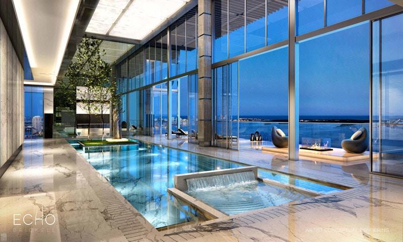 Penthouse avec piscine intérieure