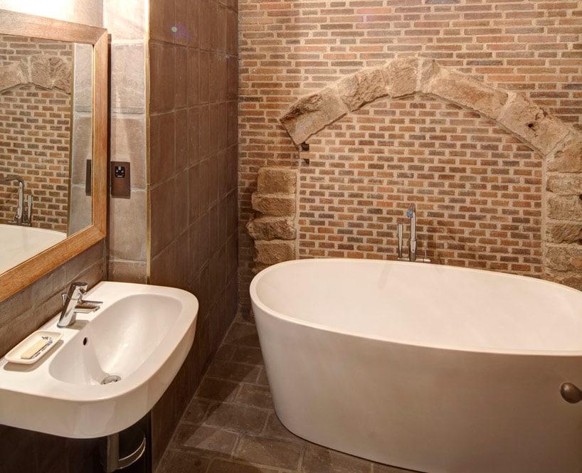 Salle bain en pierres