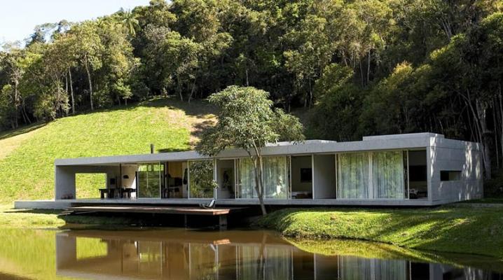 Construire sa maison contemporaine dans les bois for Maison moderne foret
