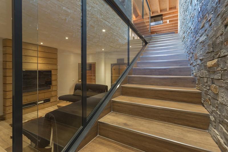extension contemporaine chalet bois. Black Bedroom Furniture Sets. Home Design Ideas