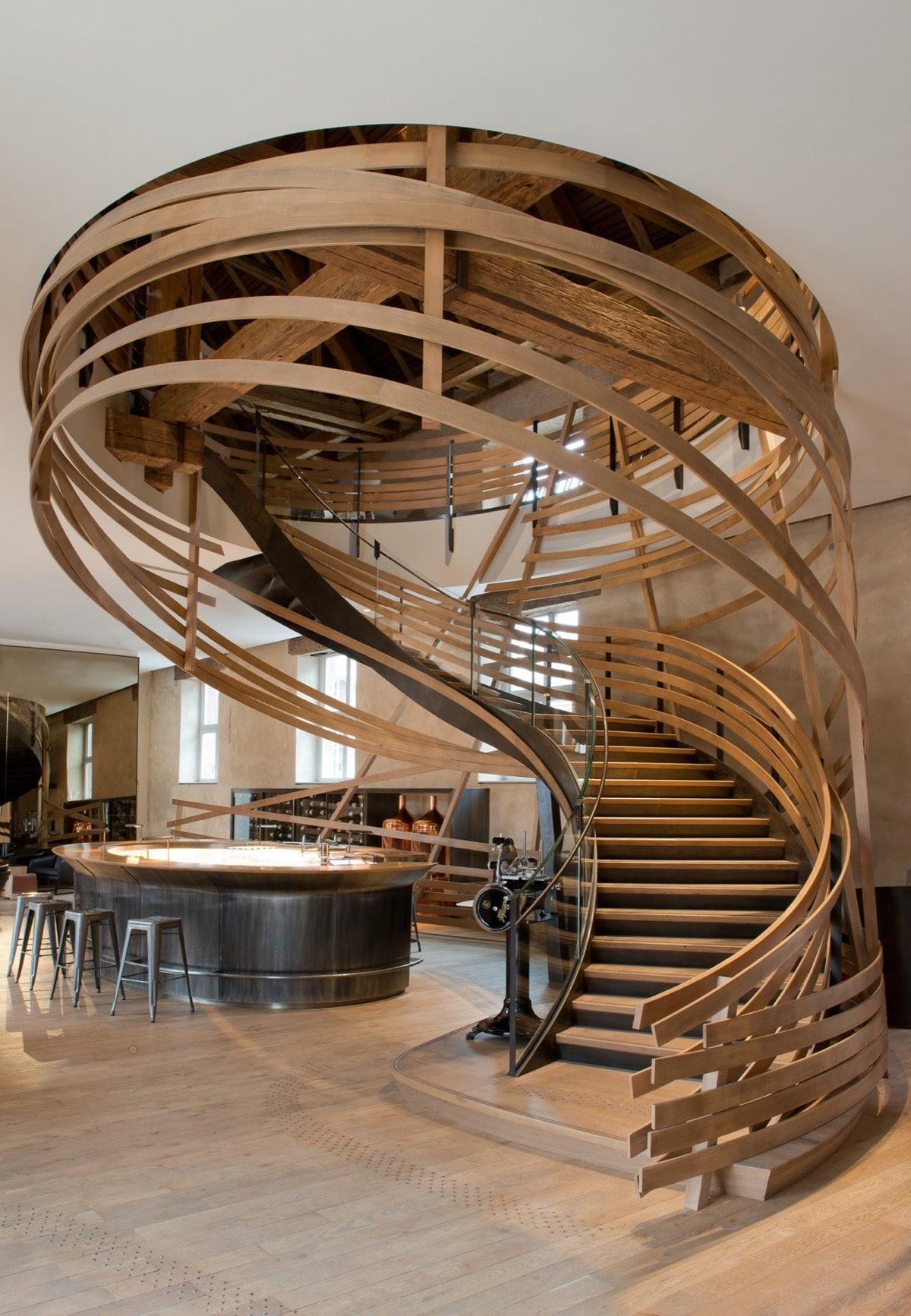 escalier bois art