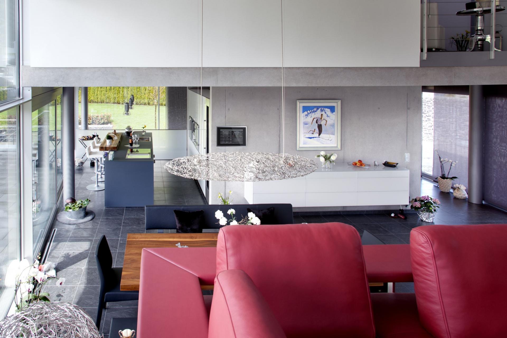 grande hauteur sous plafond. Black Bedroom Furniture Sets. Home Design Ideas