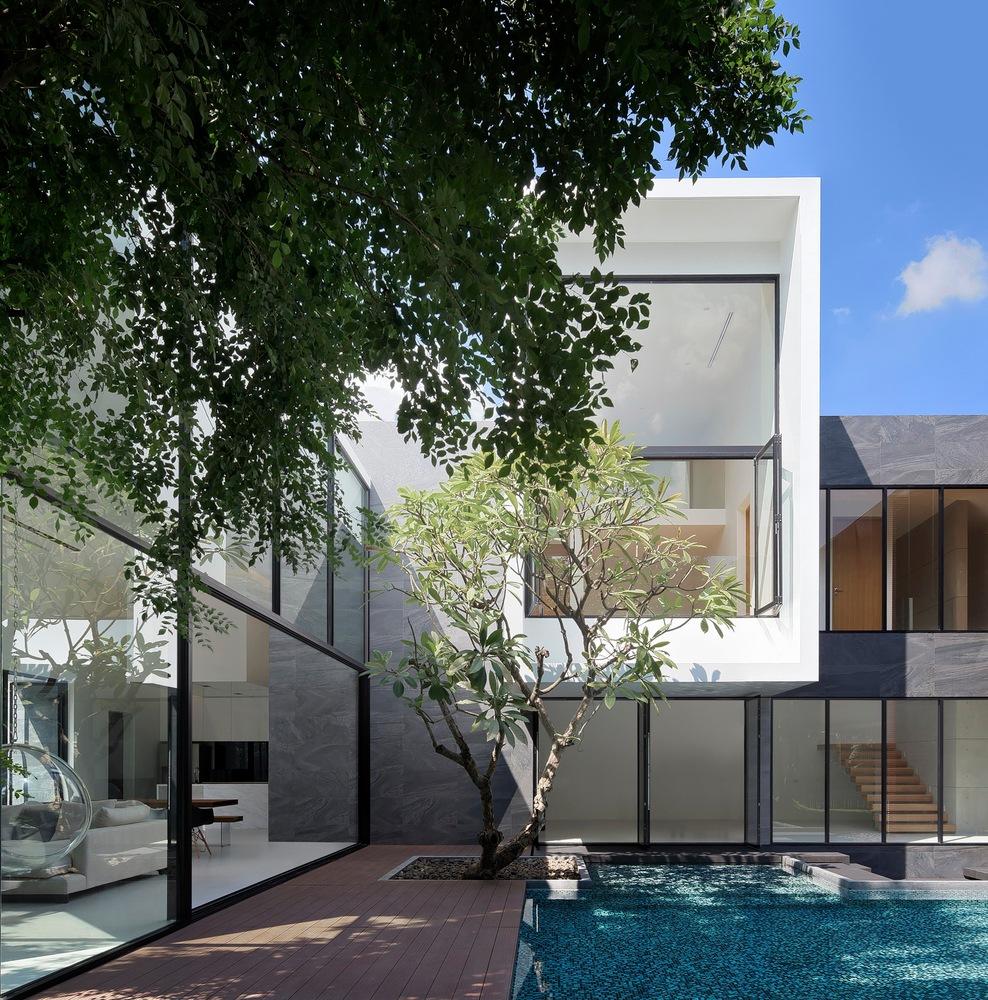 jardin japonais avec piscine