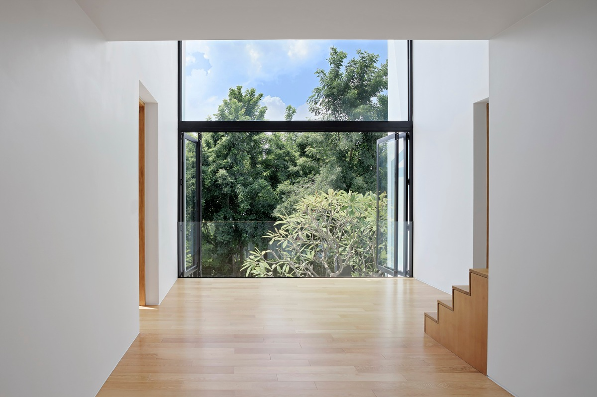 parquet contemporain chene clair. Black Bedroom Furniture Sets. Home Design Ideas