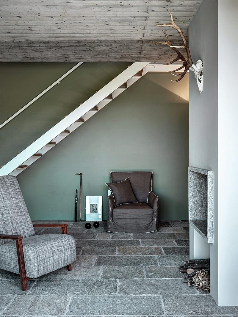 escalier-bois-blanc