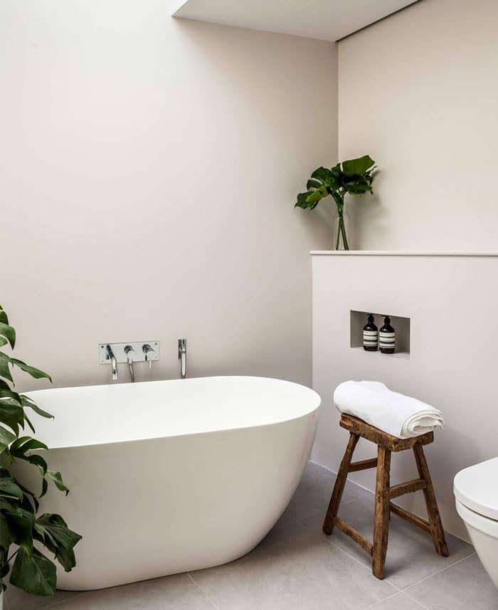 idee-deco-salle-bain-plantes