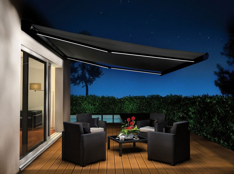 10 id es pour installer un store ext rieur sur votre terrasse. Black Bedroom Furniture Sets. Home Design Ideas