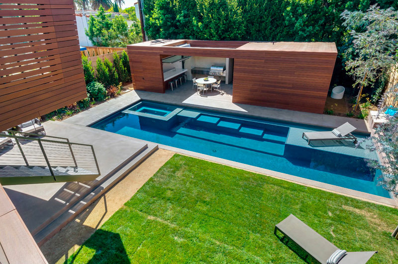 11 id es pour int grer un pool house moderne cot de - Piscine pool house des idees ...