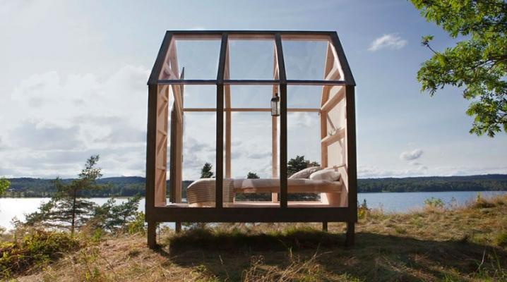 72 heures dans une cabane en bois transparente en pleine nature