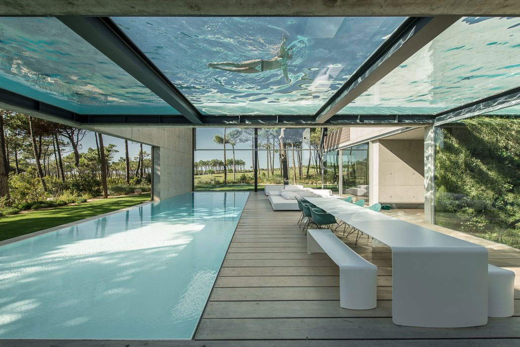 piscine-interieure-exterieure