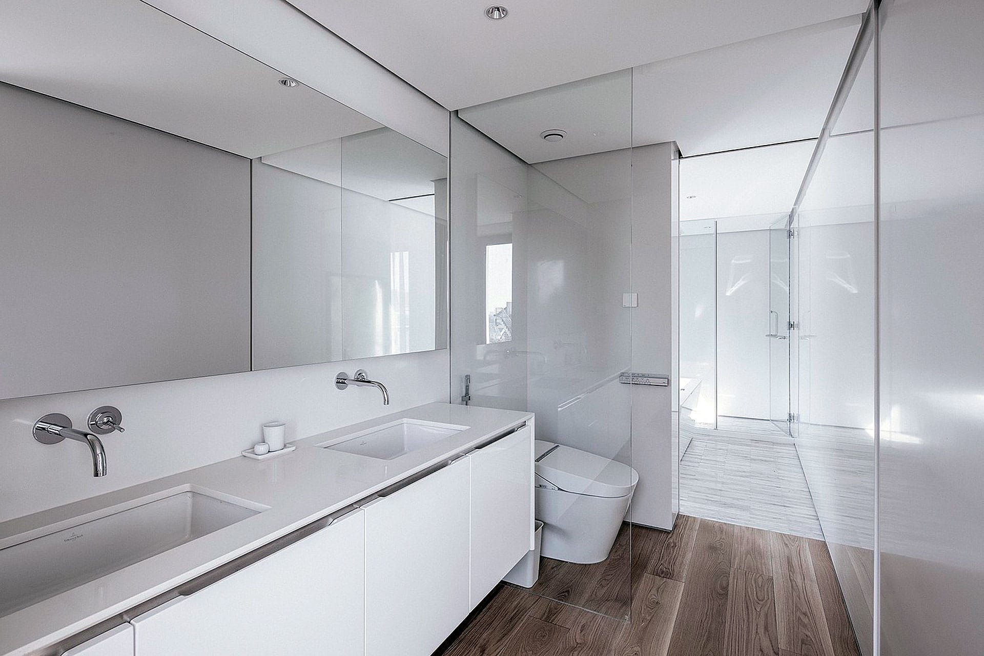 salle-bains-blanche-minimaliste