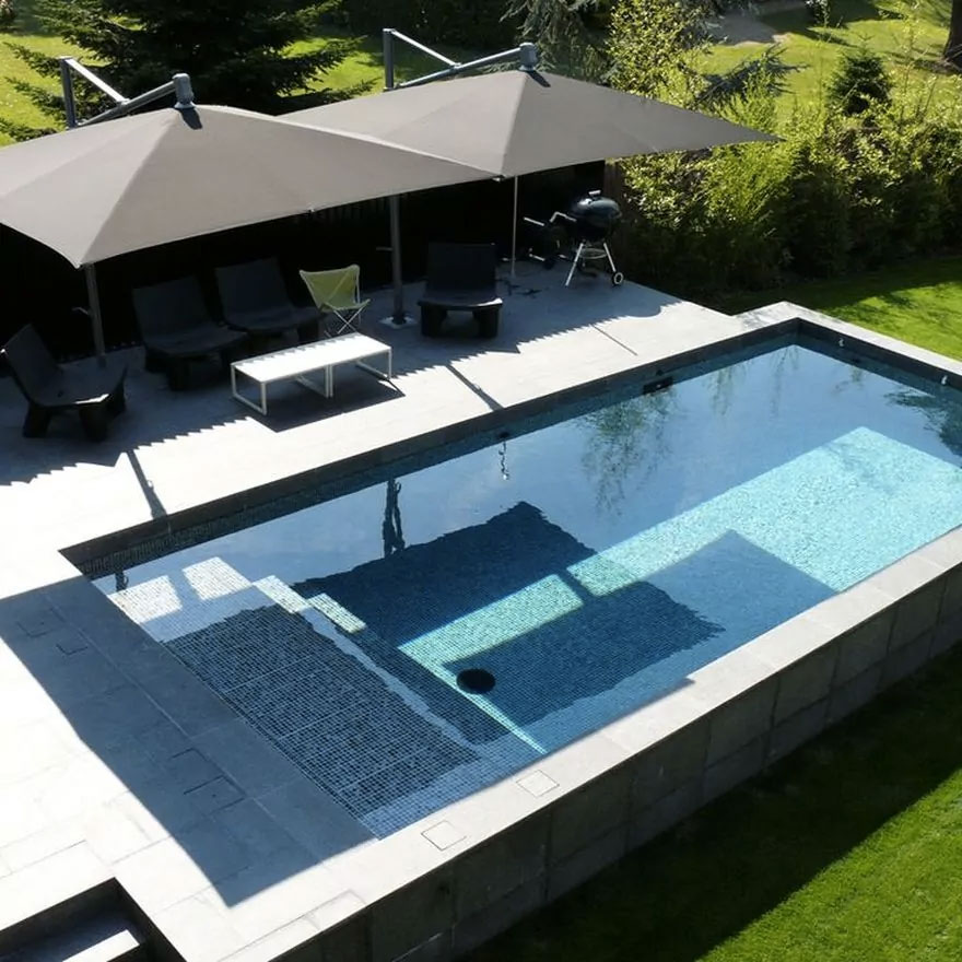 pourquoi installer une piscine hors sol dans votre jardin. Black Bedroom Furniture Sets. Home Design Ideas