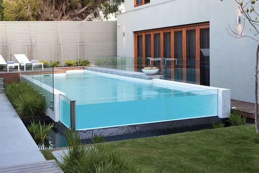 Pourquoi installer une piscine hors sol dans votre jardin for Piscine dans sol
