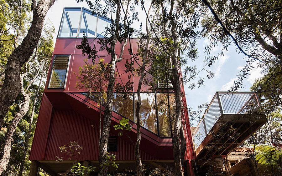 maison-architecte-metal-verre