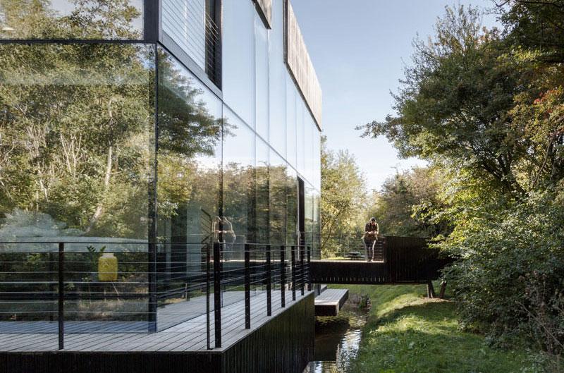 maison-moderne-lac
