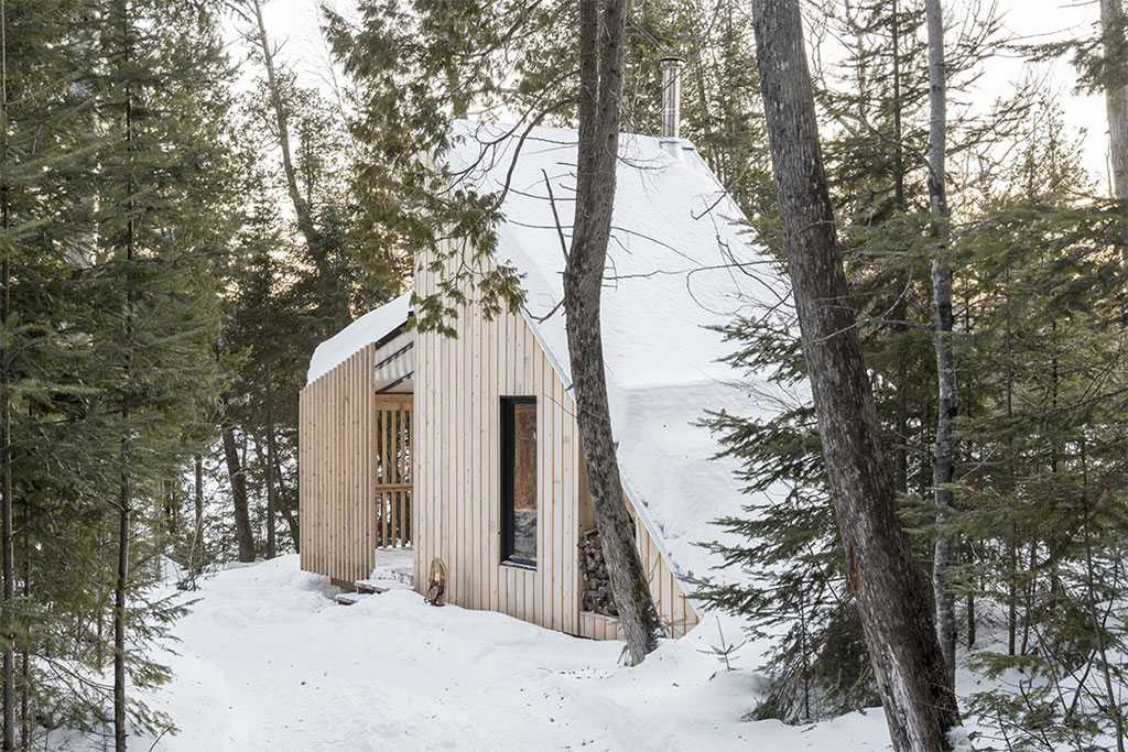 cabane-contemporaine-bois